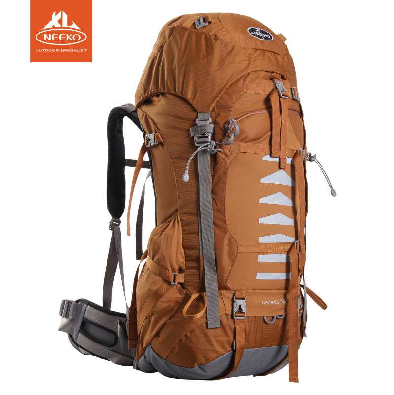 Heineken backpack is comparable to the eagle eagle 60L70L large capacity male female backpack outdoor hiking bag