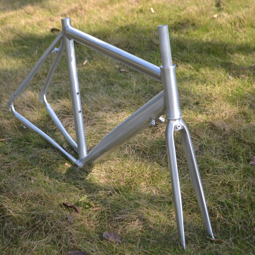 Bicycle road bike sports car racing 700C aluminum alloy frame tripod frame height 540/500/520mm