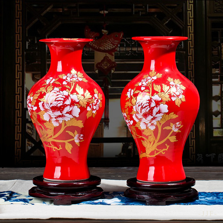 TV cabinet, Chinese red vase, wedding gift, household handicraft, Jingdezhen ceramics package and mailing pair