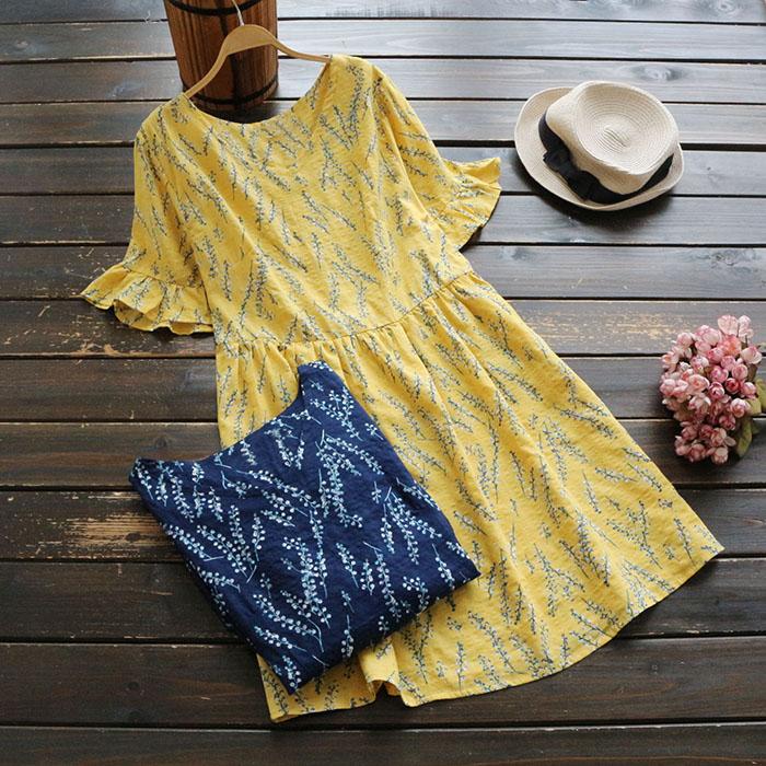 Đầm ngắn tay, in hoa văn nữ tính, chất liệu cotton thoáng mát, xu hướng năng động