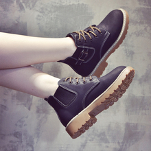 2018 new autumn winter boots, Martin boots, women's English style, Korean version of Joker, velvet boots, children's shoes, Chelsea boots, women's shoes.