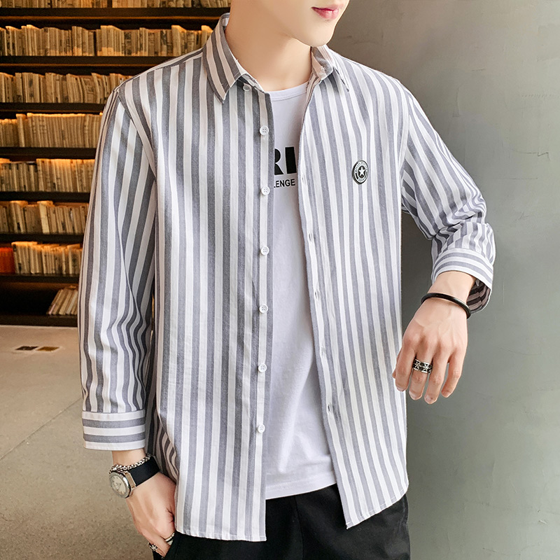 Spring and summer men's Korean casual Stripe Shirt trend loose and handsome Hong Kong style 7-sleeve short sleeve shirt coat