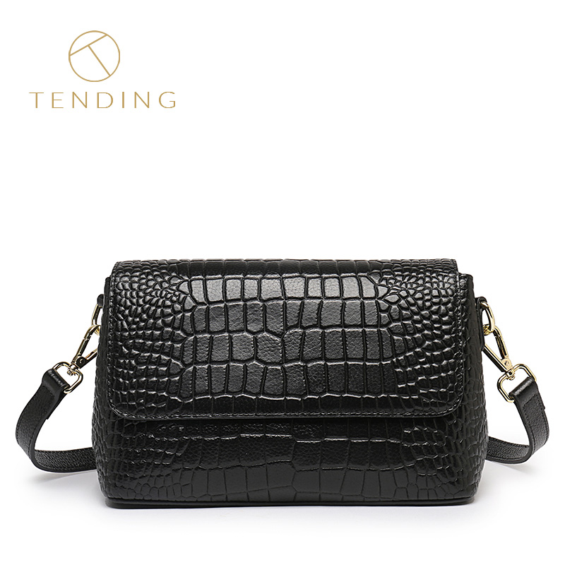 Bag female 2018 autumn and winter new leather handbags wild crocodile pattern suede leather shoulder slung small square bag