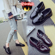 2017 new shoes. All-match small leather shoes British style winter plus velvet loafer student Harajuku shoes