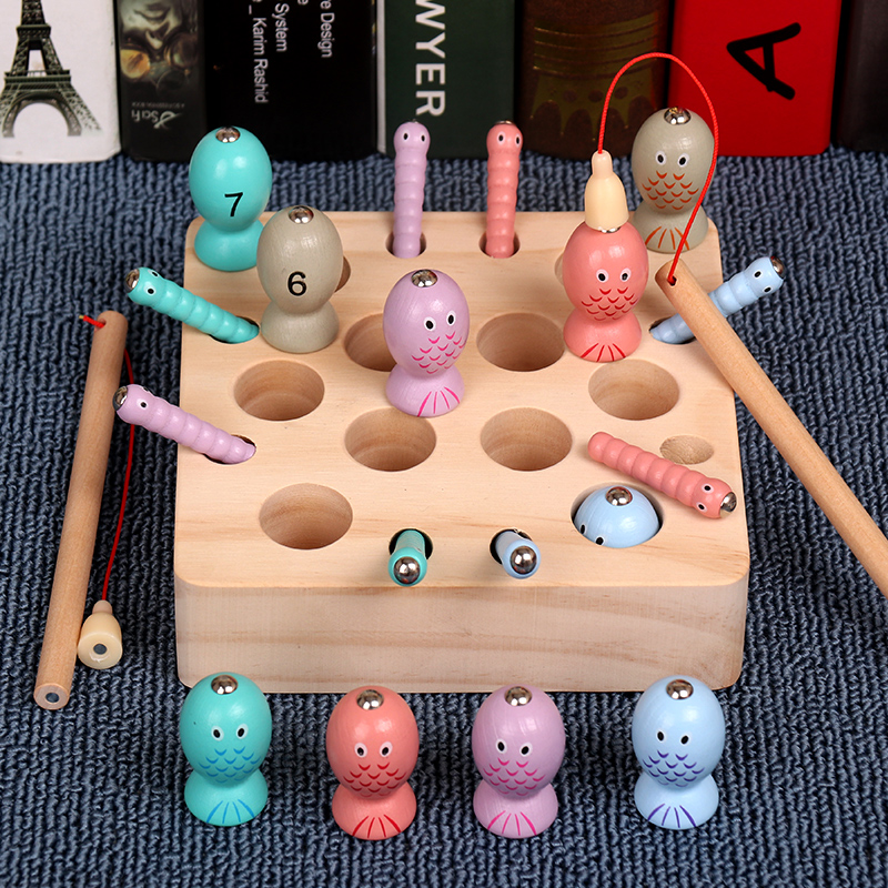 One-year-old baby catching worms fishing puzzle toys 1-2-3 year-old boys and girls Montessori early education catching caterpillars game