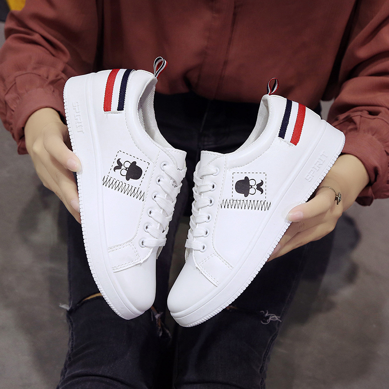 Fall 2019 New Korean version of small white shoes women's shoes Fashion flat-soled student canvas shoes casual single shoes women's sneakers