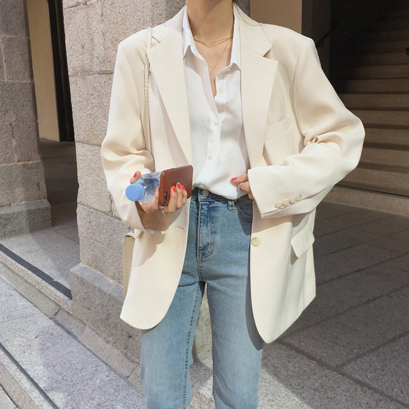 2021 Spring Autumn new net red fried street white suit jacket female loose-fitting high-end suit design sense niche