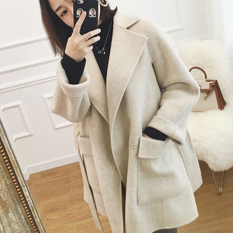Hong Kong counters 2020 winter new high-end double-sided cashmere coat womens short small hair warm coat girl