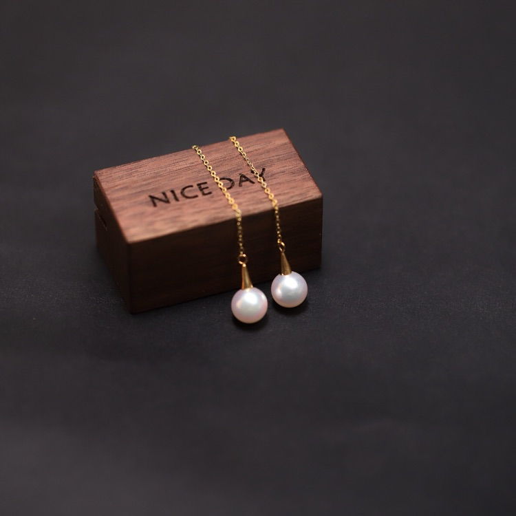 Small cherry jewelry Japan Akoya sea pearl ear line small bulb is round and bright