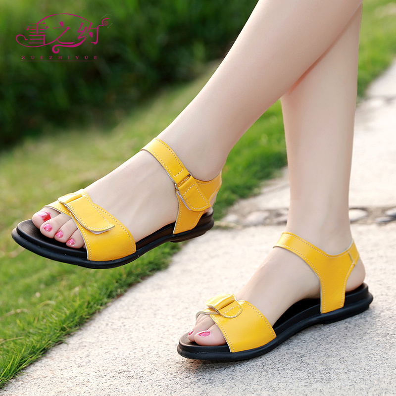 2018 summer new fashion leather flat with student sandals female large size 40-43 flat bottom wild women's shoes 41