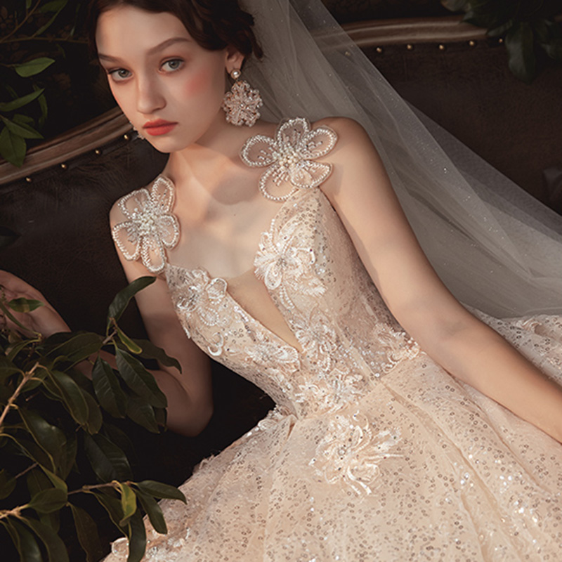 Main wedding dress 2020 new star tailed forest small dress super fairy dream light 2019 spring bride simple