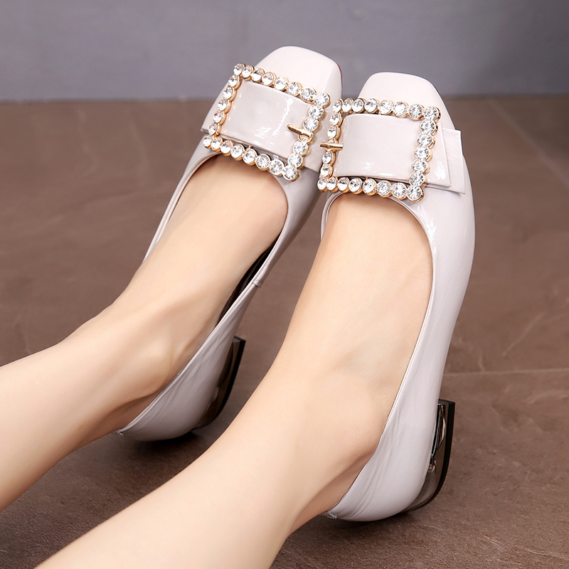 Spring 2009 Leisure Large Size Women's Leather Shoes 41-43 New Fat Foot Genuine Leather Flat sole Single Shoes Fashion Women's Shoes