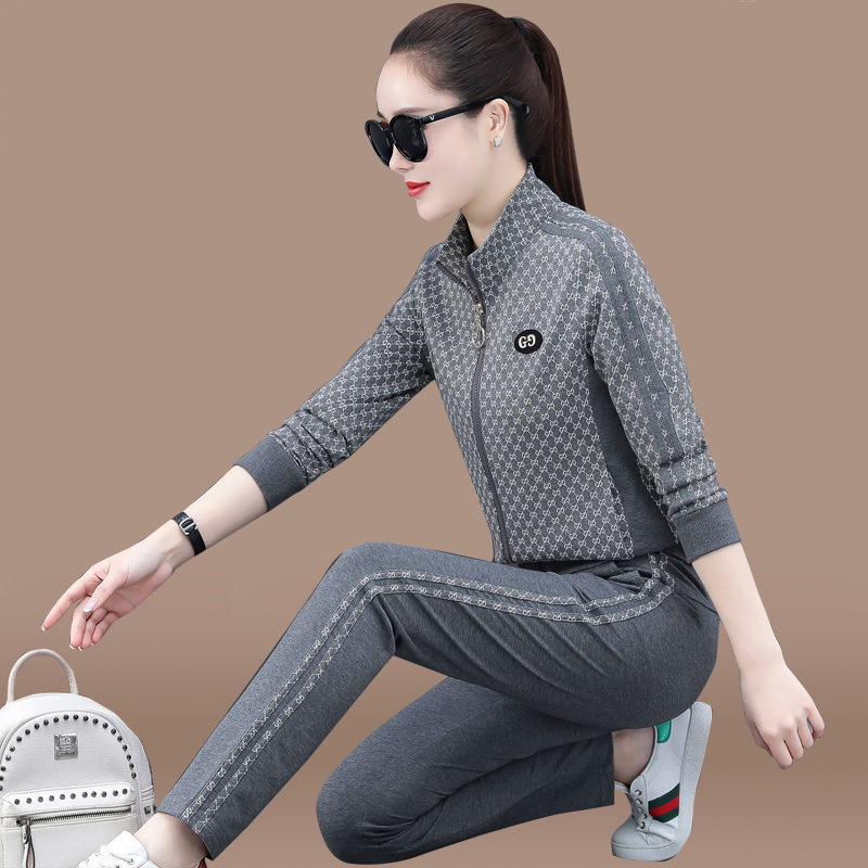 Sports suit lady spring and autumn new fashion leisure temperament age-reducing slimming size clothing running suit two-piece set