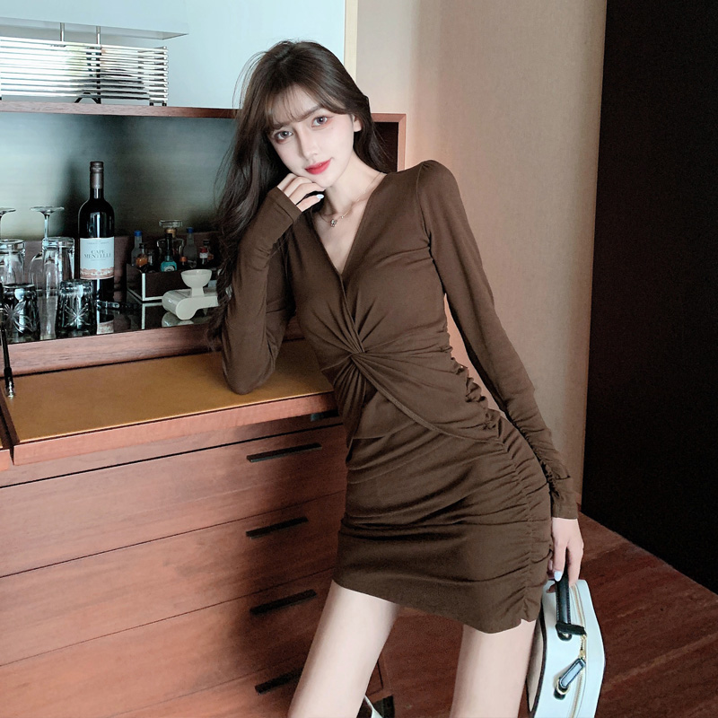 French sexy long-sleeved dress women fall/winter 2020 new design sense niche cross-fitting tight-fitting hip short skirt
