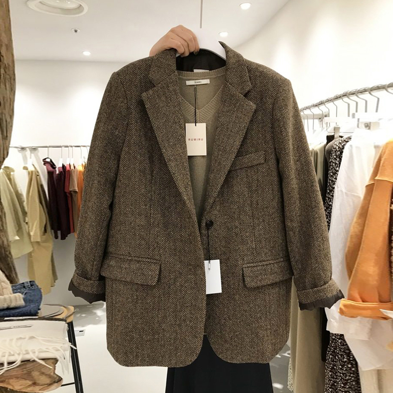 Dongdaemun autumn and winter retro herringbone pattern thin and thick small suit jacket British style woolen suit jacket women