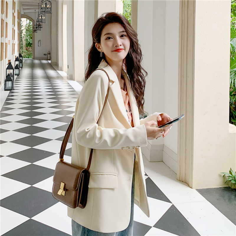 White blazer womens 2021 fried street new spring and autumn Korean version loose small casual suit top tide