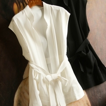 Can sa knowability~neat and stylish ~ Acetic acid blend black and white stand-up collar unbuttoned belt style waistcoat MF175