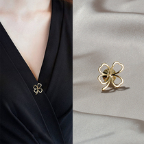 2021 new fashion brooch button girl summer anti-light high-end pin fixed clothes suit accessories design sense