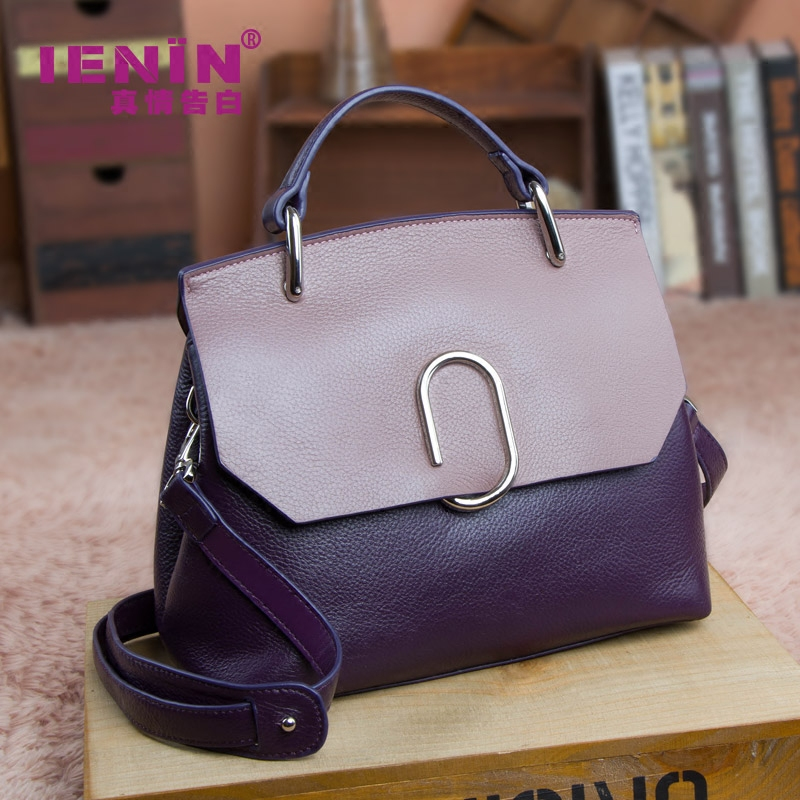 Baggage Girls 2019 New Chaohua version Baitao leather shell wrapped head cowhide handbag with one shoulder inclined shoulder lady bag