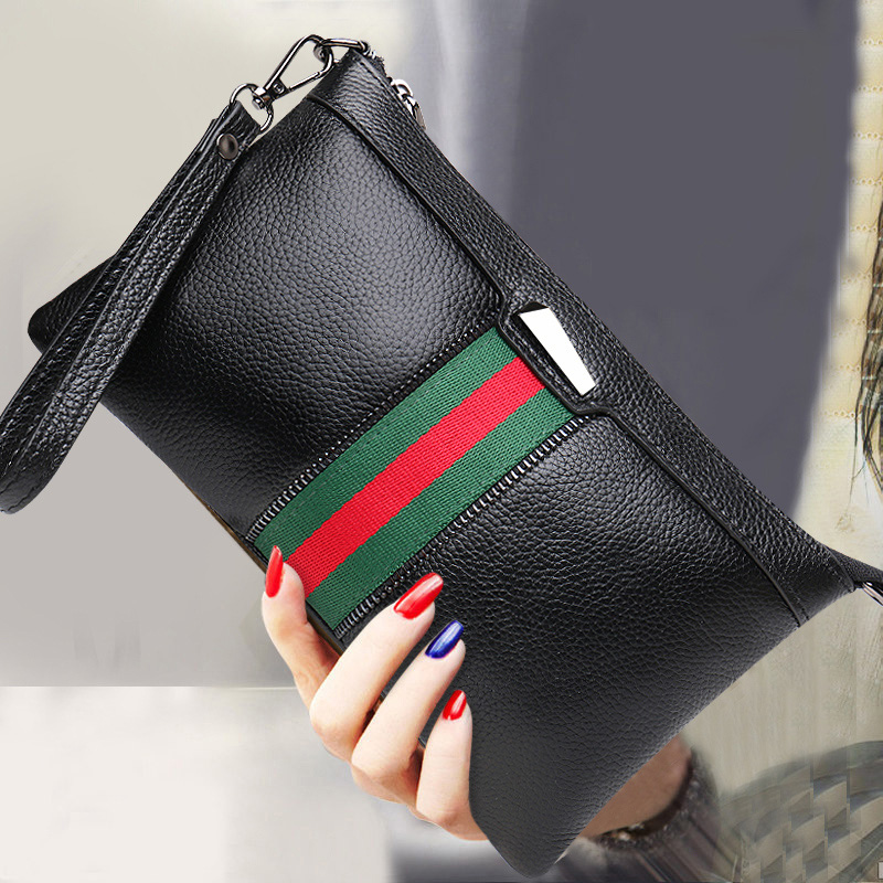 Hand bag female 2018 new fashion wild temperament large capacity Messenger bag handbag Korean version of the leather clutch bag