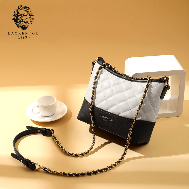 Old head leather bag women's 2019 new fashion One Shoulder Messenger women's small fragrant Lingge chain tramp bag