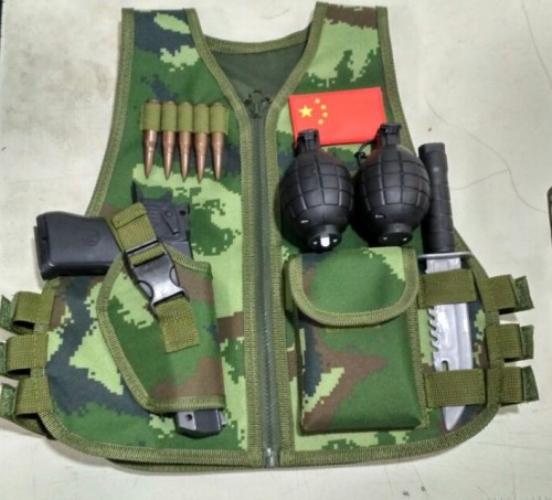 Children's tactical vest Combat live human cs battle vest outdoor field protective equipment