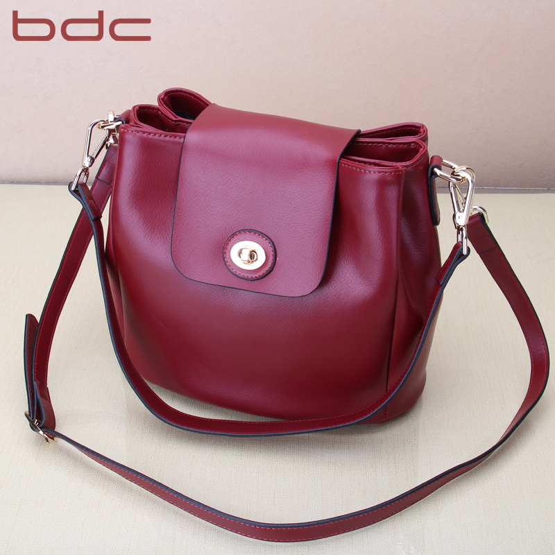 Blue Dance Cowhide Slant Bag Autumn and Winter 2019 New Slant Ladies Bag Multi-layer Ladies One-shoulder Bag Simple Water Bucket Bag