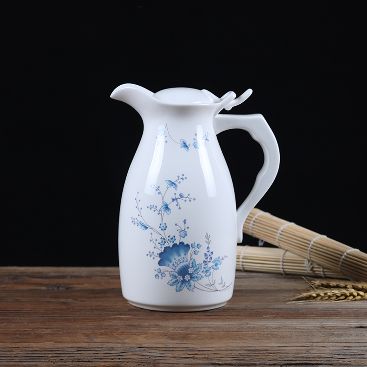 Water water bottle home heat-resistant large capacity restaurant ceramics single product cold water tea large blue and white porcelain porcelain teapot