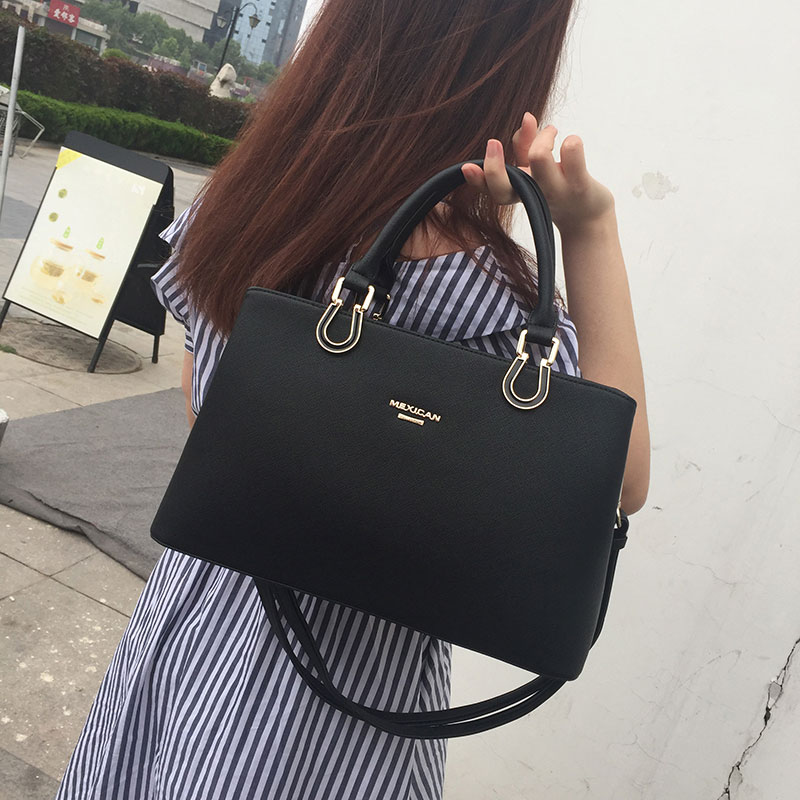 [The goods stop production and no stock]Scarecrow lady's bag inclined lady's bag large capacity new handbag mother's bag big fashion in 2019