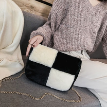 XiangOctober Autumn and Winter - New fashion simple color collision stitching wool bag leisure Baitao personality one-shoulder inclined bag
