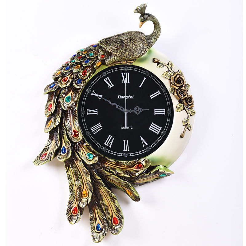 Creative personality European style living room bedroom retro Peacock Art Wall Clock silent resin decorative clock clock