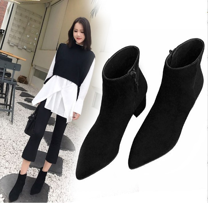 Hong Kong fashion brand short boots women's 2020 autumn and winter new thick-heeled Martin boots women's shoes plus velvet retro Chelsea women's boots