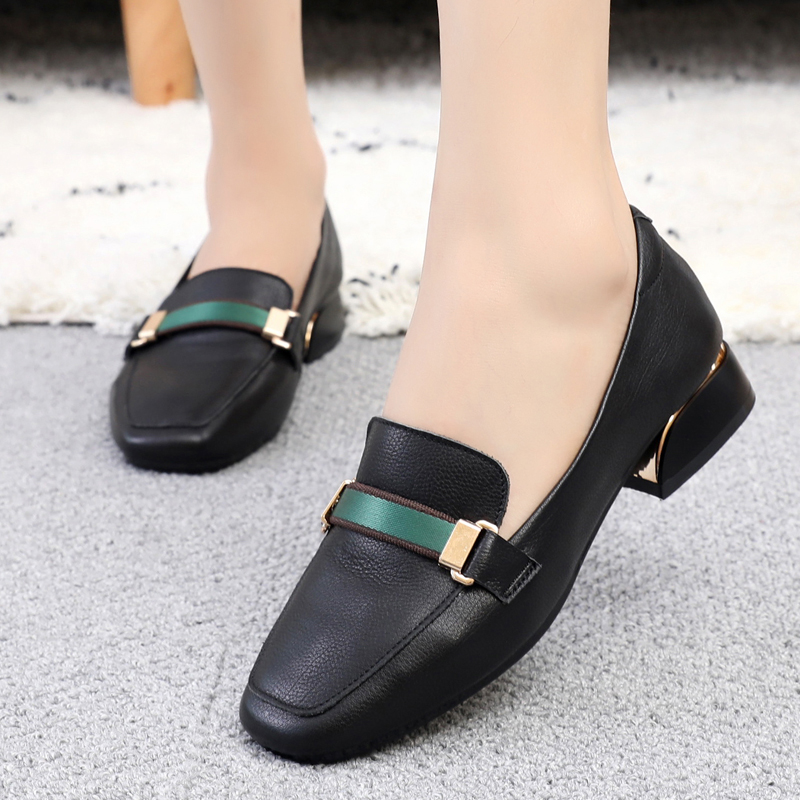 Spring New Square Head Single Shoe Flat Bottom Large Size Women's Shoes 41-43 Fashionable 100-set Leather Leisure Shoes
