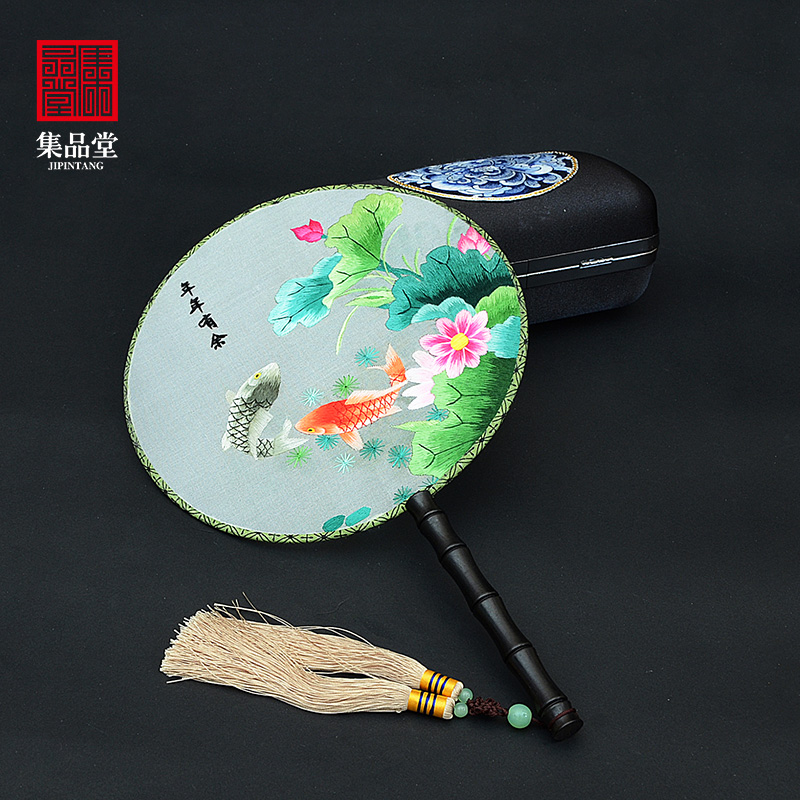 Su embroidery fan group fans go abroad small gifts souvenirs of handicraft with Chinese characteristics sent to foreigners embroidery on both sides