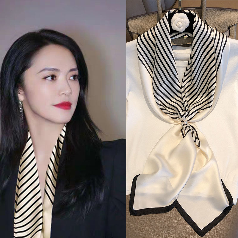 Temperament of the new ins small square scarf scarf woman hundred with spring and summer office workers set to decorate the Korean version of the literary scarf scarf