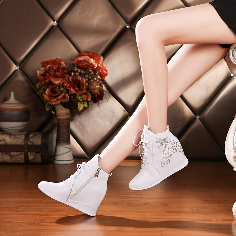 Hanbasha Spring 2019 New Crystal Drill Inside Heightening Women's Shoes, Leather Sports Shoes, Fashionable Comfortable Martin Boots
