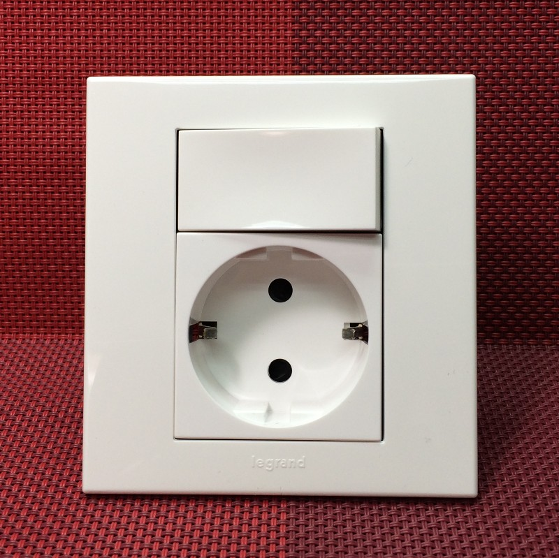 Rogerland 16A German socket with switch Euro socket with switch Euro socket with switch
