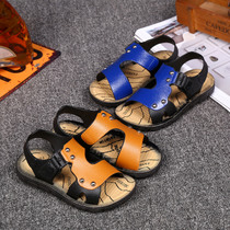 Small boys in open-toed sandals in the summer and soft bottom anti-skid children baby boy students buckle sandals