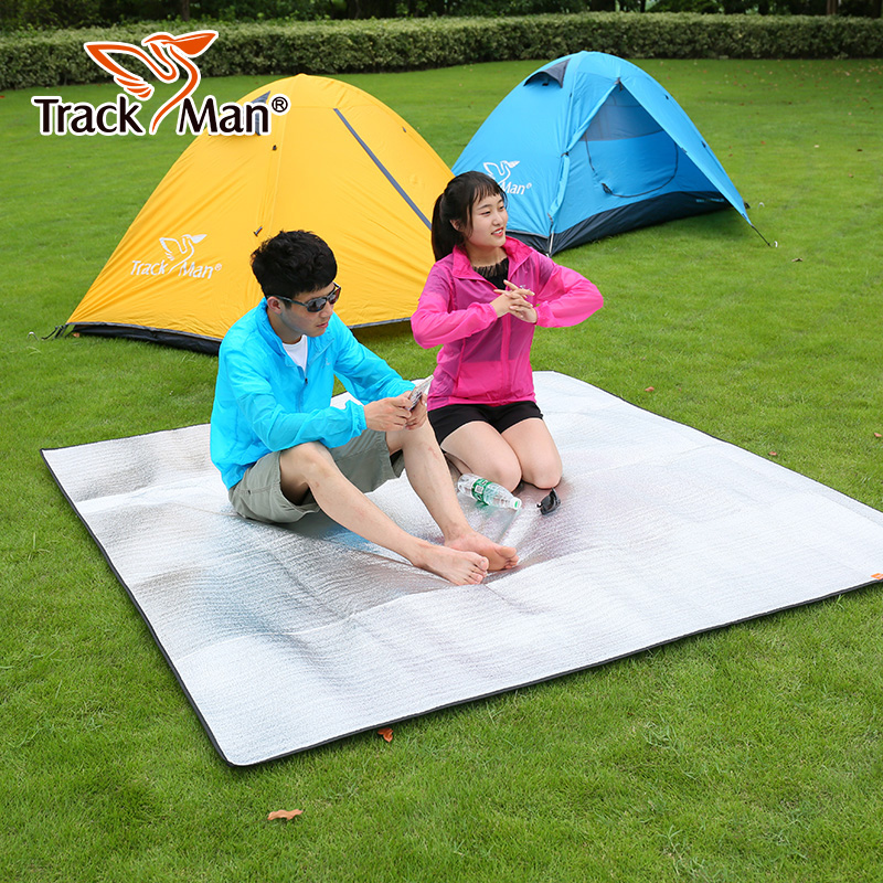Trackman outdoor moistureproof mattress 3-4 people thick waterproof aluminum tent mattress double picnic mattress