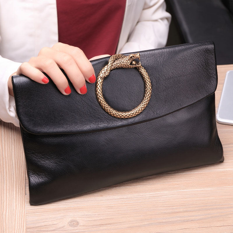 2018 Korean version of the new large-capacity leather envelope bag handbag female leather handbags ladies bag tide soft leather big card