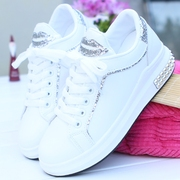 New winter shoes with thick soles of white cashmere Korean street sports shoes all-match student shoes casual shoes